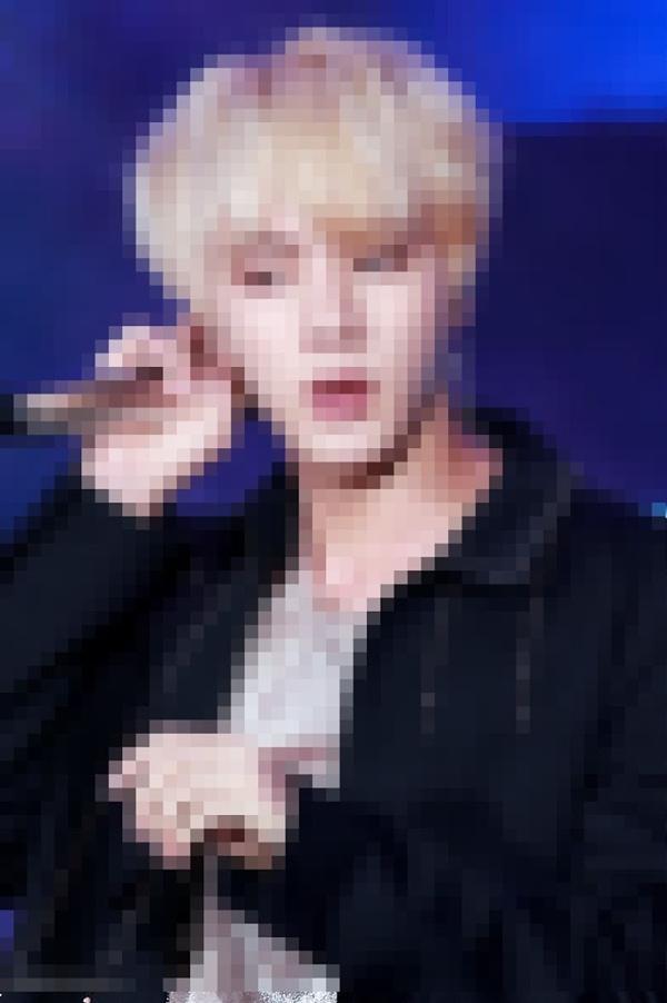 Ảnh BTS mờ toét mắt mà ARMY đọc tên idols chuẩn không trượt phát nào-7