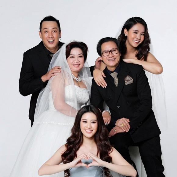 Chị dâu Khánh Vân gây bất ngờ với nhan sắc ngang ngửa hoa hậu-7