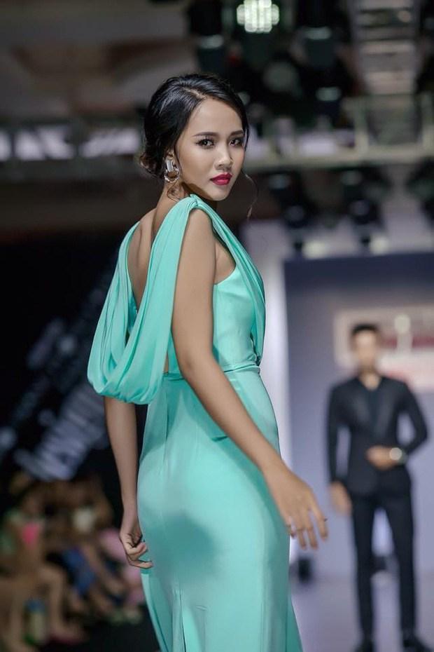 Chị dâu Khánh Vân gây bất ngờ với nhan sắc ngang ngửa hoa hậu-5