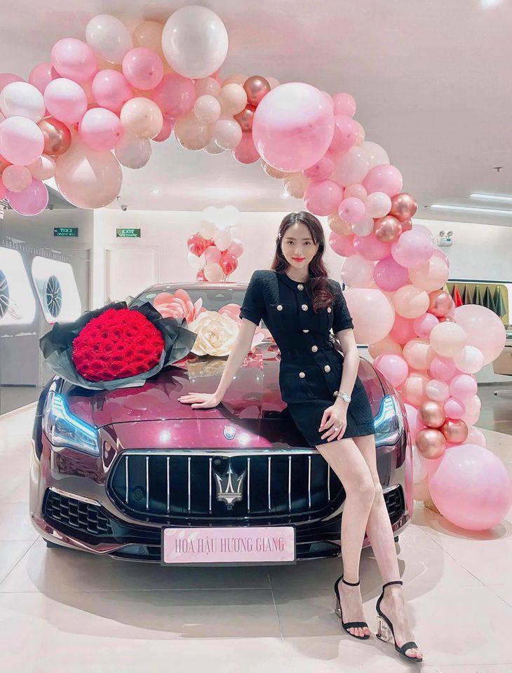 HOT: Matt Liu tặng Hương Giang xế hộp 8 tỷ sau gần 3 tháng hẹn hò-1