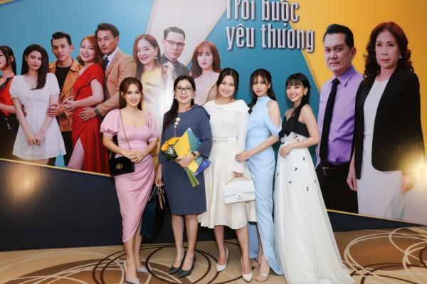 Hội gái một con Vbiz Ngọc Lan, Trương Quỳnh Anh và Tú Vi đại náo màn ảnh nhỏ-1