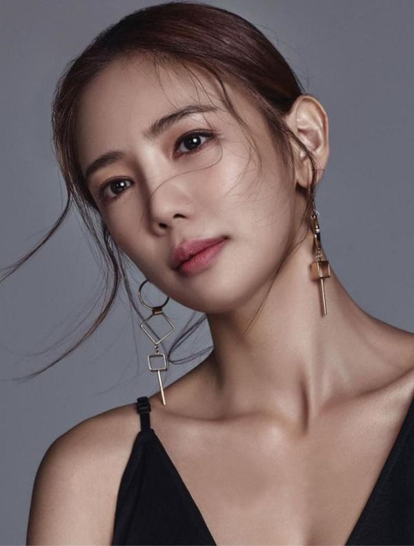 Đời bi kịch loạt nữ hoàng hở bạo Hàn Quốc: 2 vụ tự tử chấn động, Lee Tae Im phải giải nghệ vì chồng đại gia vào tù-10