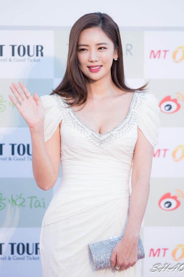 Đời bi kịch loạt nữ hoàng hở bạo Hàn Quốc: 2 vụ tự tử chấn động, Lee Tae Im phải giải nghệ vì chồng đại gia vào tù-15