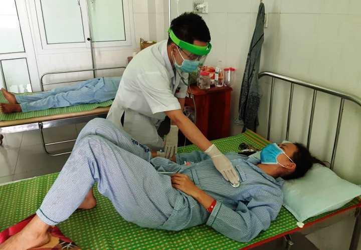 Thêm 3 người ngộ độc do ăn pate Minh Chay chứa vi khuẩn botulinum-1