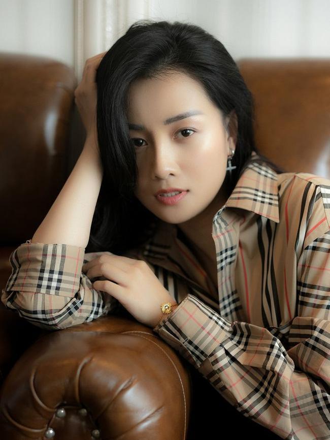 MC Quỳnh Chi lần đầu lên tiếng về nghi vấn tình cảm với Thùy Dung, tuyên bố yêu thuận theo tự nhiên-2