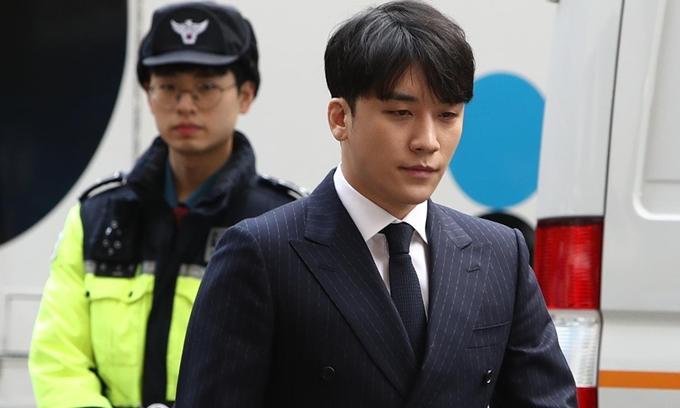 Seungri chỉ nhận 1 tội danh-1