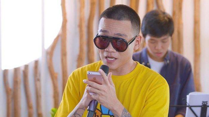 HLV duy nhất của Rap Việt chưa lộ người thương: Muốn thân hình bự lên để bảo vệ bạn gái!-8