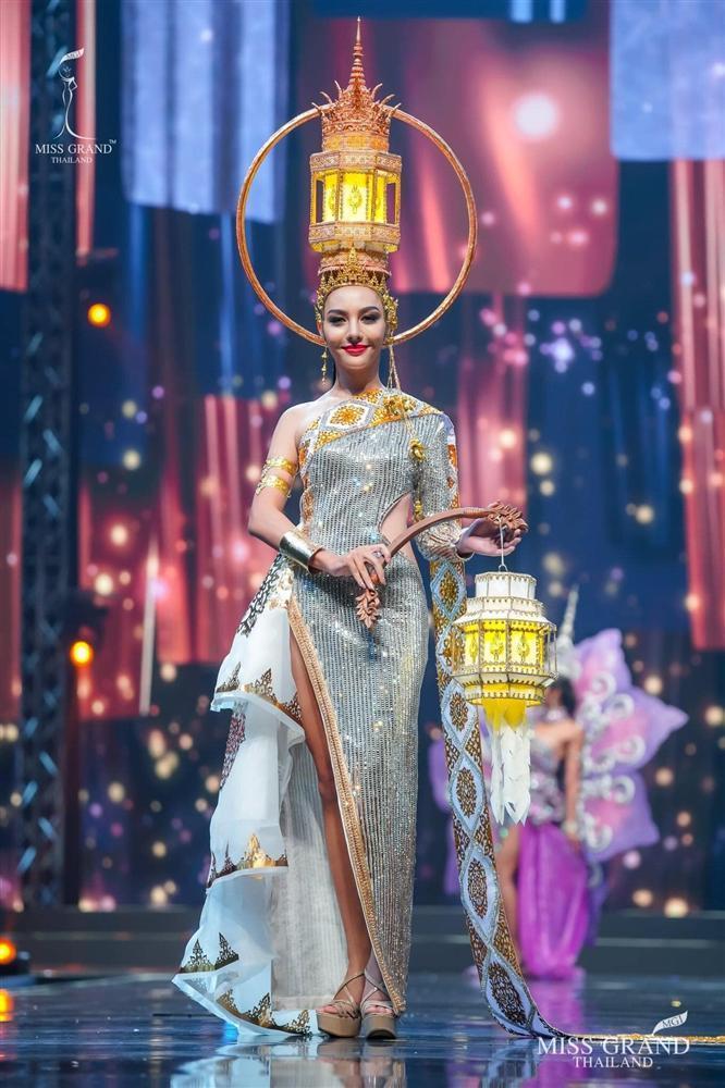 Ngả mũ loạt quốc phục Miss Grand Thailand, cách fan Việt đặt tên mới hại não-7