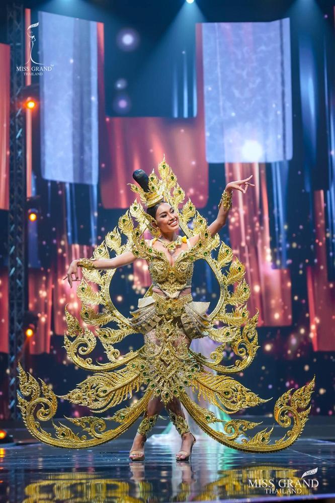 Ngả mũ loạt quốc phục Miss Grand Thailand, cách fan Việt đặt tên mới hại não-13