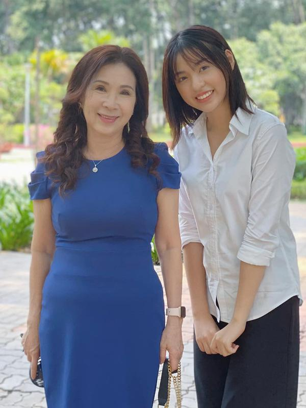 Nghìn lý do sao Việt bỏ vai: bị lệnh cấm diễn, trót mang thai lại thêm cả Covid-19-3