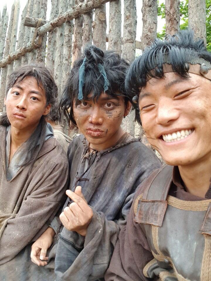 Chuyện của chàng trai Việt kiệt sức đóng một vai có thoại ở phim Hàn-5