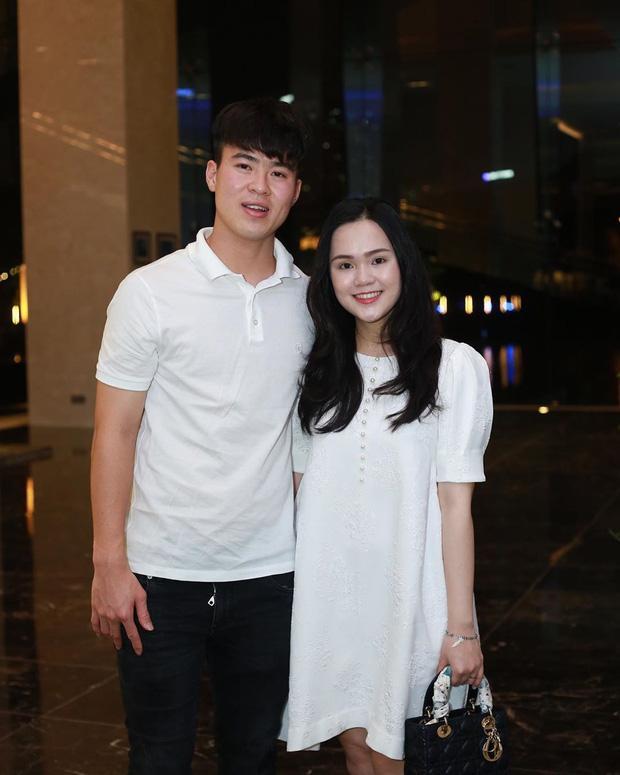 Đỗ Duy Mạnh - Quỳnh Anh khoe ảnh tiệc đầy tháng ấm áp của con trai-3