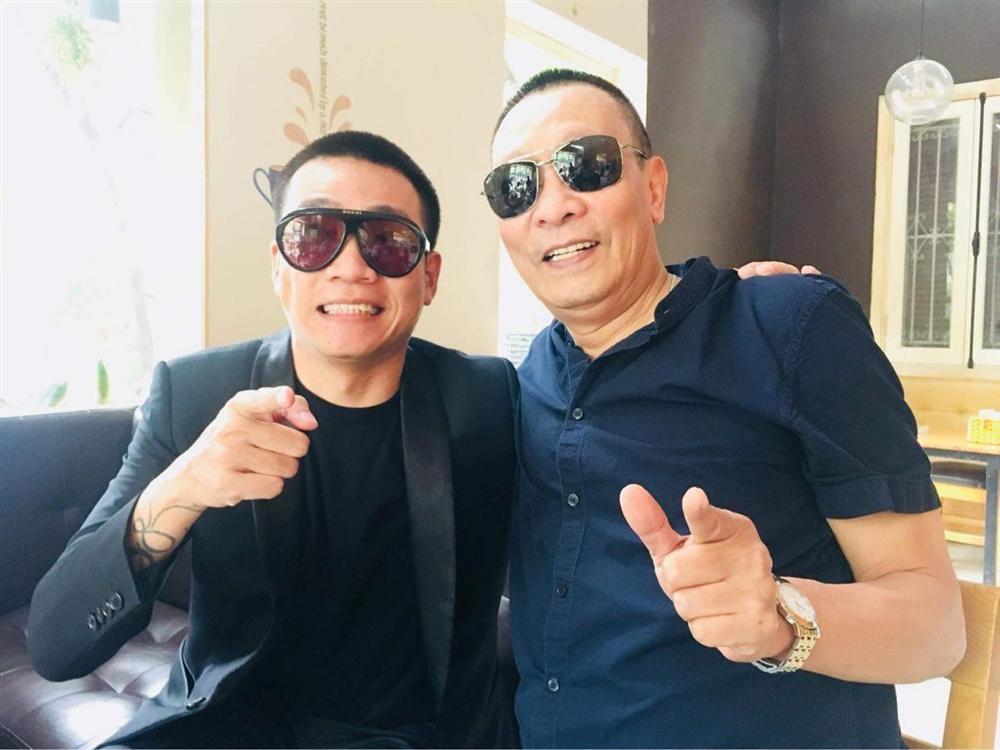 Lão Đại Wowy gây bão mạng khi chính thức hội ngộ MC Lại Văn Sâm-2