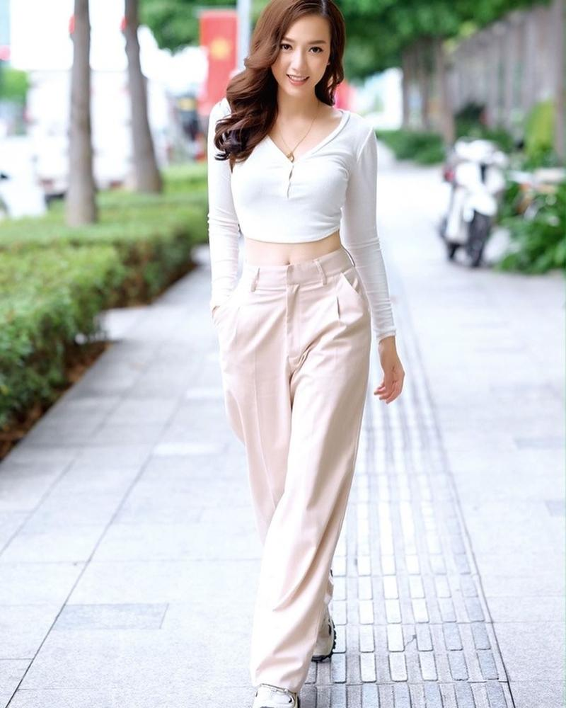 Lệ Quyên cưa sừng với đầm công chúa - Minh Triệu bất ngờ ngọt ngào với set đồ hồng-2