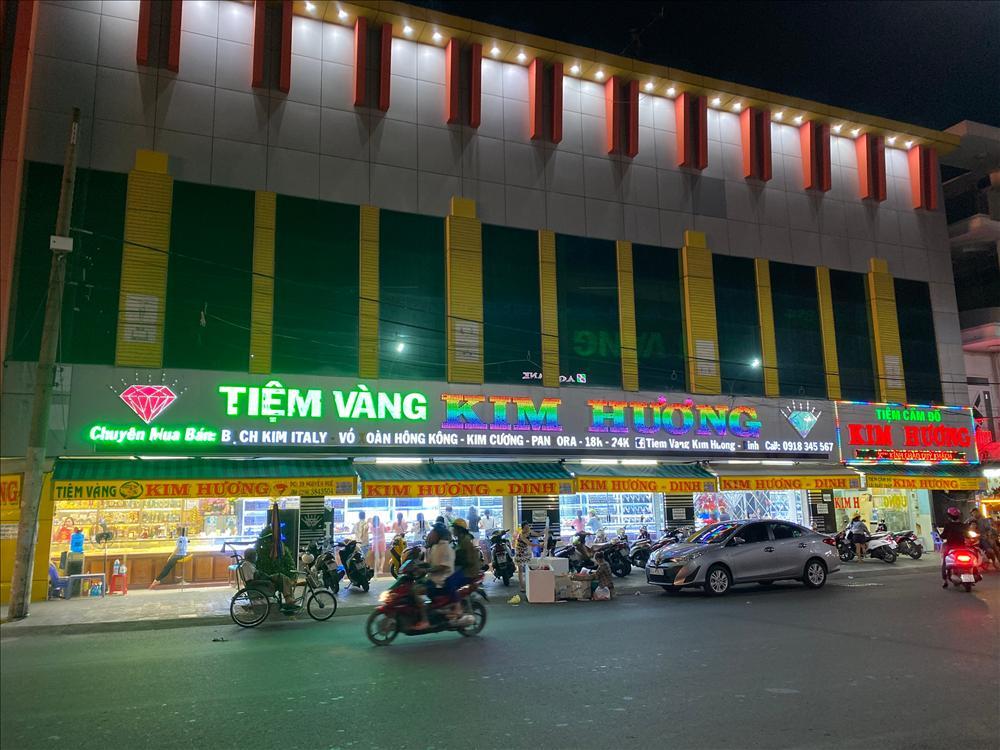 Tiệm vàng Kim Hương Dinh - địa chỉ chọn trang sức ở An Giang-4