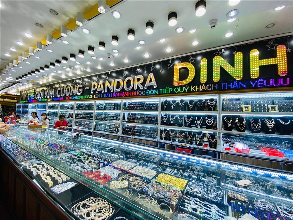 Tiệm vàng Kim Hương Dinh - địa chỉ chọn trang sức ở An Giang-5