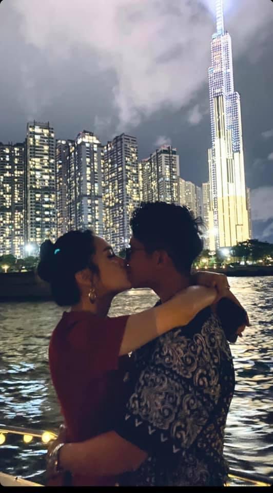 Hương Giang công khai đăng ảnh hôn môi Matt Liu không rời-3