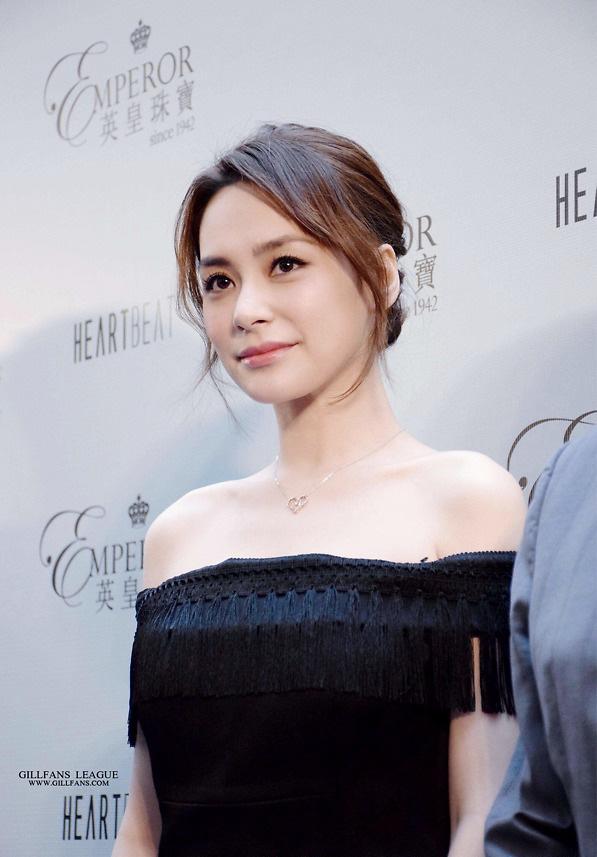 Loạt mỹ nhân dính ảnh nóng Trần Quán Hy: Tình duyên khổ ải, xuống tóc đi tu-3