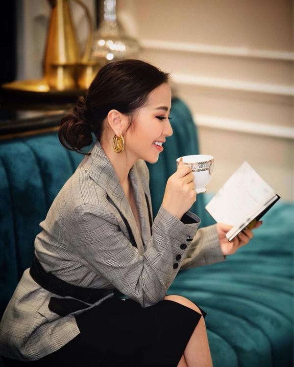 Bạn thân Vũ Khắc Tiệp: Đi chơi mặc nguyên cây Dior, mỗi lần shopping rước cả núi đồ hiệu-5