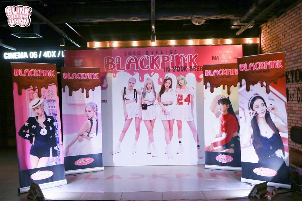 Bản tin fan club: Blinks Việt mừng sinh nhật BLACKPINK, Đóm quảng bá MV Jack trên bus-1