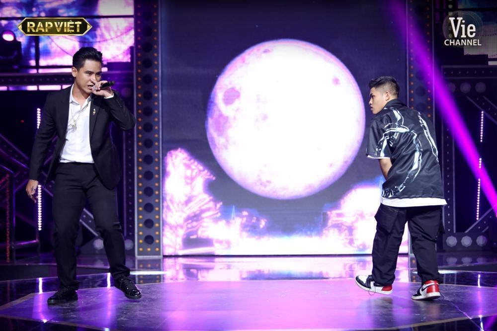 Khóc trên sân khấu Rap Việt, Trấn Thành khẳng định nước mắt tự rơi không cần diễn-2