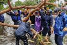 3 người chết, hơn 22.000 nhà hư hỏng do bão số 5