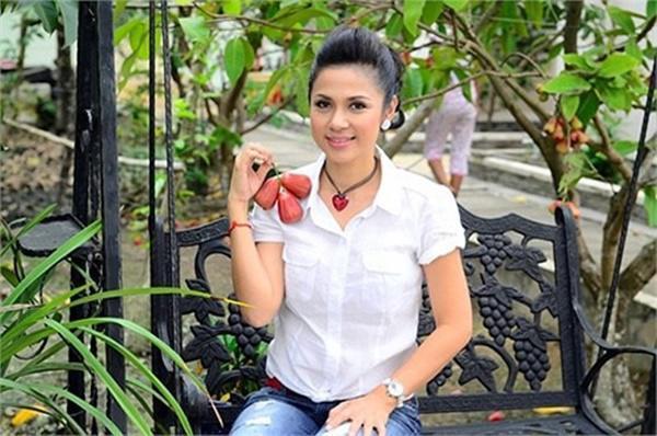 Những mỹ nhân Việt nức tiếng một thời giờ ở cơ ngơi khủng, mẹ chồng Hà Tăng cũng góp mặt-5
