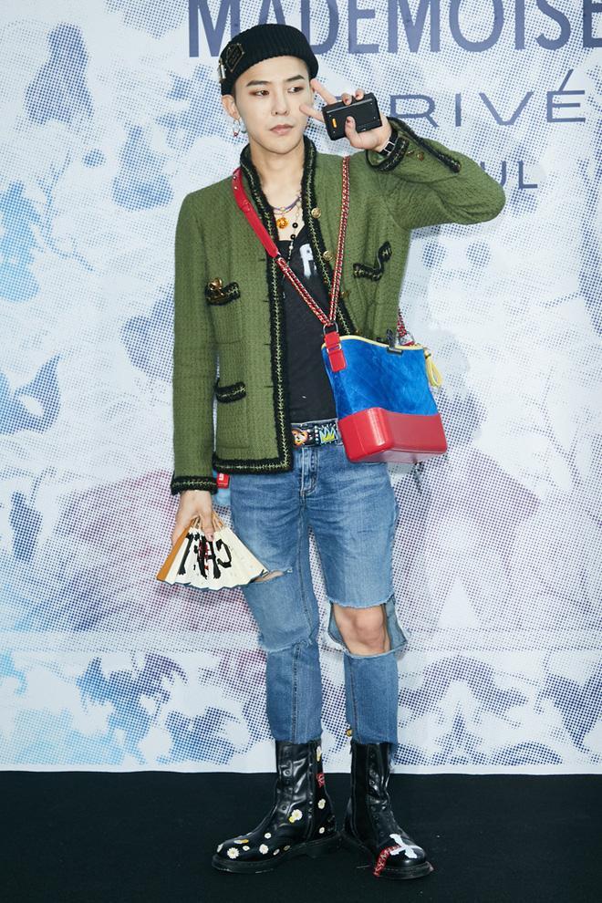 Karik lên đồ bảnh tỏn, sơn móng này nọ nhưng cư dân mạng lại đồng loạt gọi tên G-Dragon-5