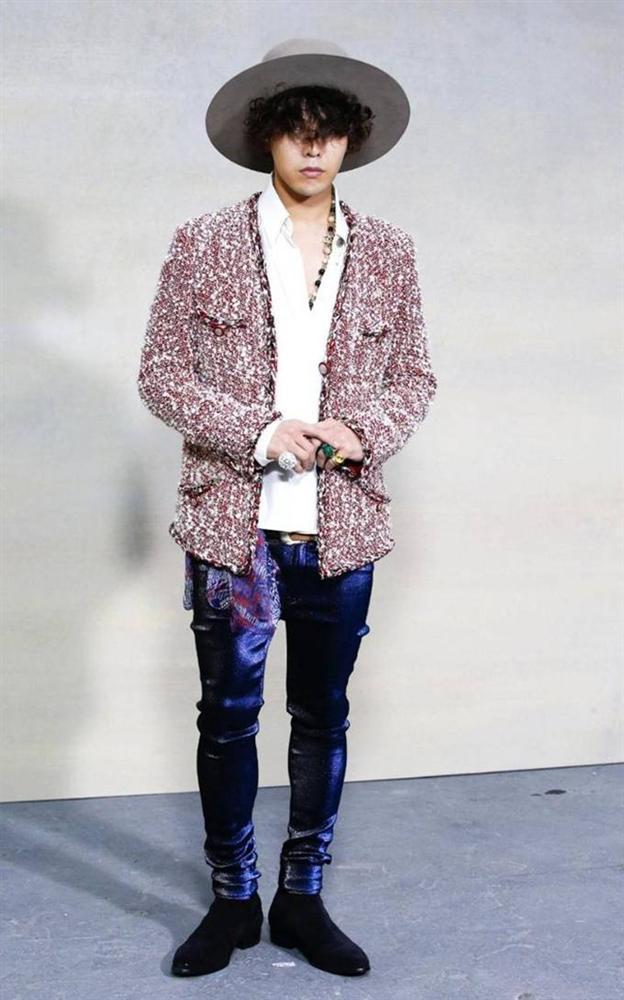 Karik lên đồ bảnh tỏn, sơn móng này nọ nhưng cư dân mạng lại đồng loạt gọi tên G-Dragon-4