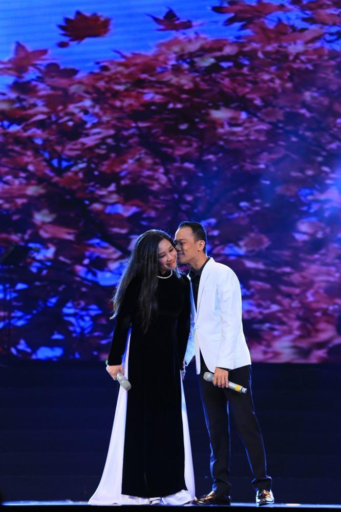 Thanh Thanh Hiền: Đúng, tôi và Chế Phong đang lục đục-1