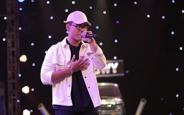 Được truy lùng sau tập 8 Rap Việt, cơn địa chấn G.Ducky lộ profile sáng gia sư, tối về làm rapper-6