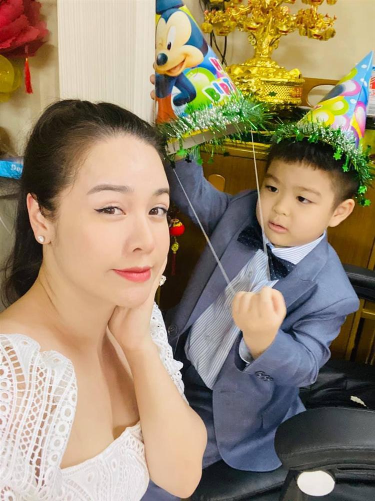 Nhật Kim Anh mừng sinh nhật con nhưng không quên đá đểu chồng cũ-4