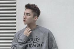 Sơn Tùng M-TP bất ngờ tung demo bản ballad khoe giọng siêu ngọt ngào, nhưng 'cua gắt' quá làm fan không kịp chuẩn bị!