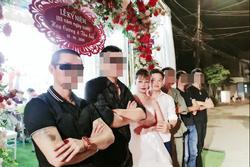 Chị Thu Sao tổ chức tiệc kỷ niệm 2 năm ngày cưới, diện váy cô dâu đứng tiếp khách