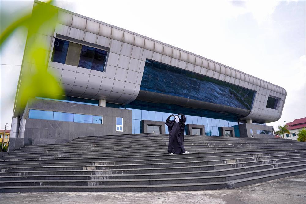 Vô Diện xuất hiện trên phố Hà Nội dịp Trung Thu-10