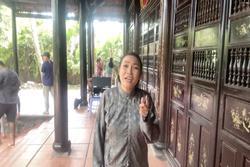 Lâu lâu đi đóng phim, Phương Thanh lại mở show 'hát chui' khiến đạo diễn đòi giải tán