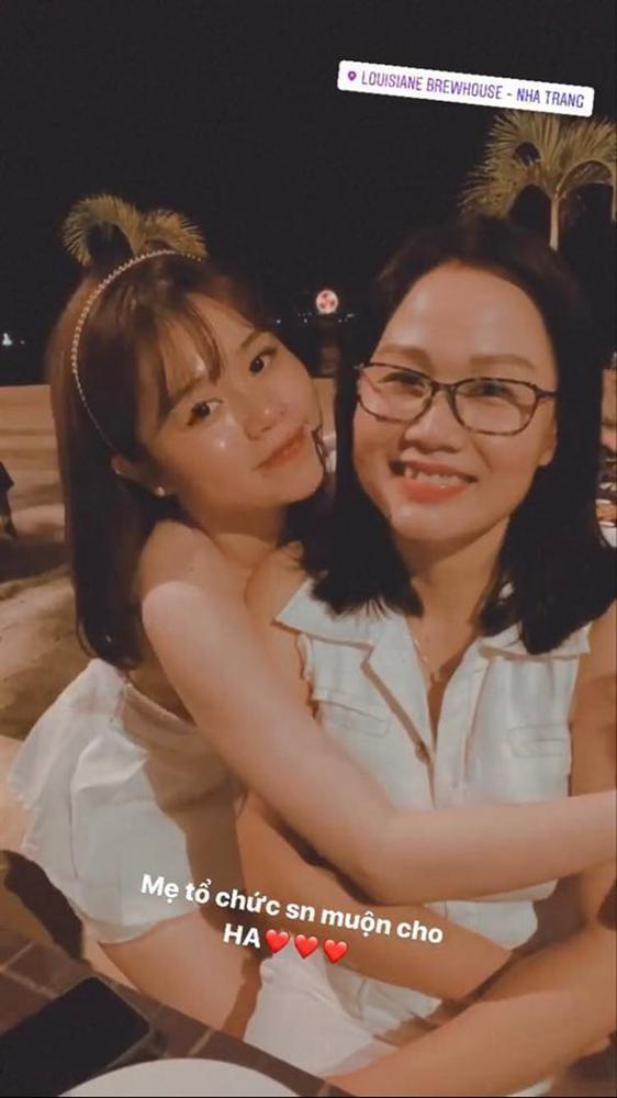 Quang Hải ra mắt mẹ Huỳnh Anh, cứ đà này chẳng mấy tính chuyện trăm năm-4