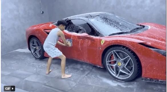 Con trai Cường Đô La tự tay rửa siêu xe cho bố-2