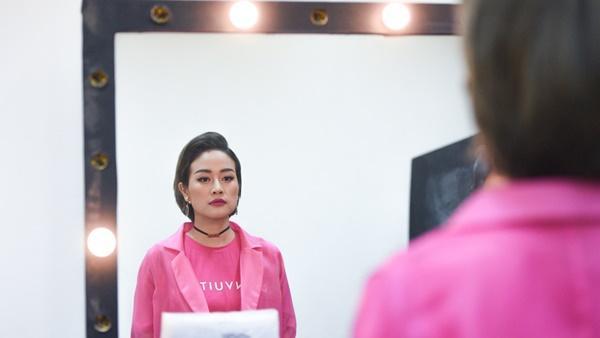 MC Phí Linh và câu chuyện lỡ chuyến bay đêm không về được với con-7