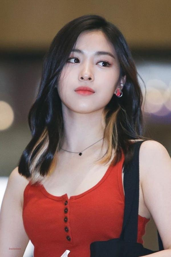Những tiêu chuẩn kép đáng sợ hơn chất độc đối với idols nữ trong làng K-Pop-7