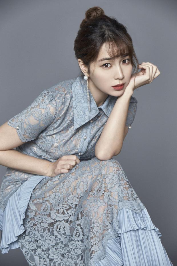 Lần hiếm hoi Lee Min Jung nói về Lee Byung Hun sau scandal ngoại tình-1