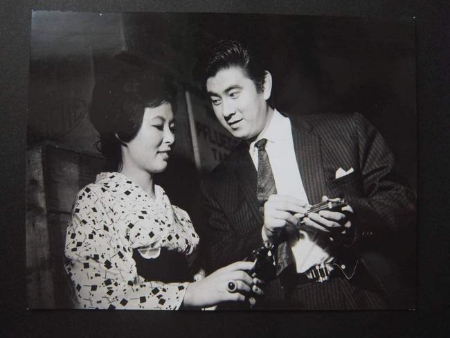 83 tuổi lên xe hoa lần nữa, nam diễn viên qua đời ngay sau khi biết mối tình đầu đã trở thành vợ mình-3