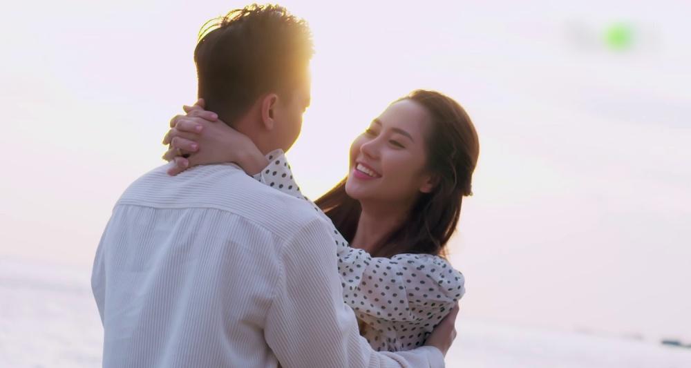 Gạo nếp gạo tẻ phần 2 tập 44: S.T Sơn Thạch lộ bản chất ghen tuông, đánh vợ ngay ngày tân hôn-3