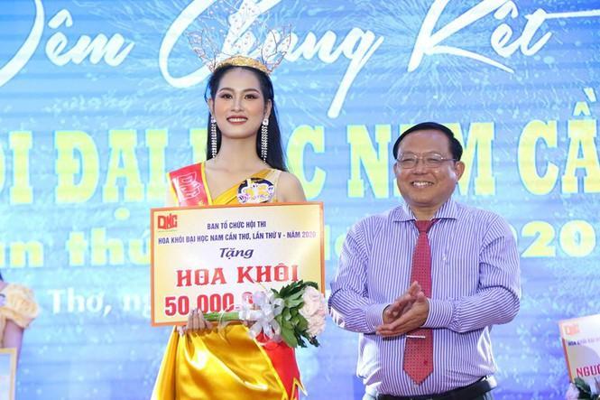 Thí sinh Hoa hậu Việt Nam 2020: Người siêu giỏi hùng biện, người bắn súng cực hay-4