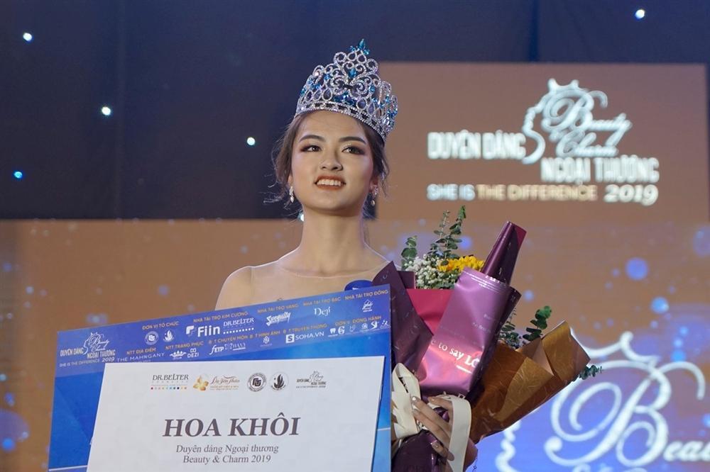 Thí sinh Hoa hậu Việt Nam 2020: Người siêu giỏi hùng biện, người bắn súng cực hay-1