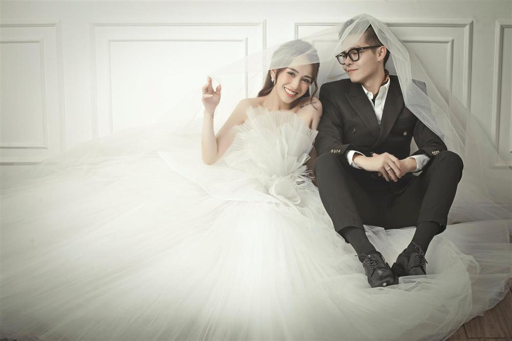 Khó rời mắt với bộ ảnh cưới giờ mới hé lộ của con gái Minh Nhựa-3