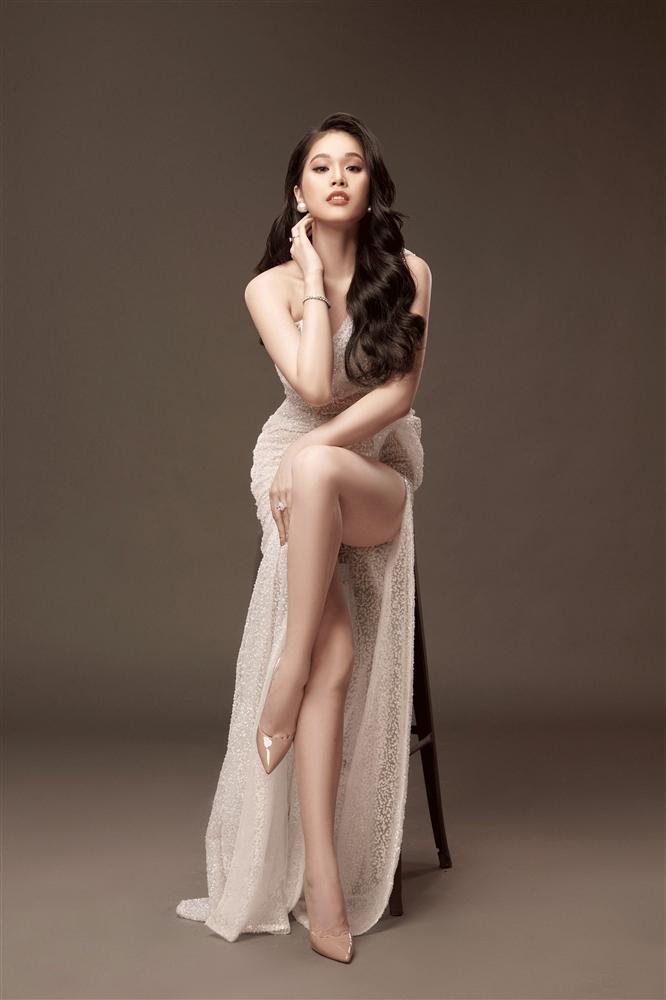 Nghề chính thí sinh Hoa hậu Việt Nam 2020: Từ vận động viên judo đến MC truyền hình-13