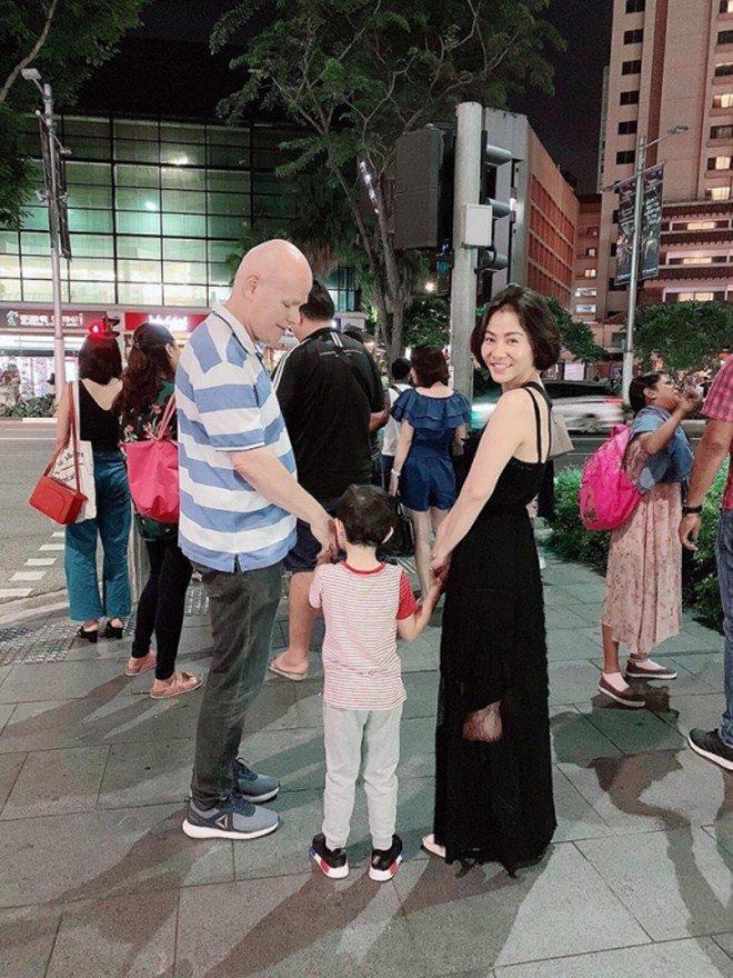 Chồng con họp gia đình, phàn nàn Thu Minh đúng ngày sinh nhật-13
