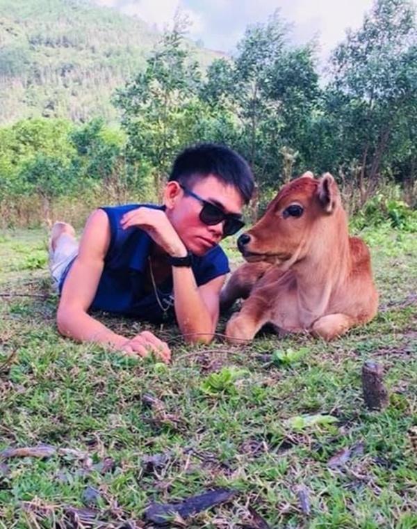 Quãng đời ăn xin của chàng trai chăn bò góp giọng cùng Wiz Khalifa-2