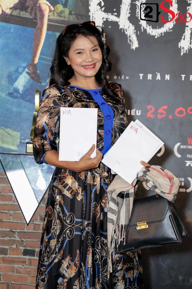 Mỹ Tâm, Trấn Thành và dàn sao Việt chúc mừng phim RÒM được ra rạp-14